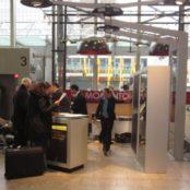 AMERICAN EXPRESS - Am Flughafen Frankfurt Momento Bar