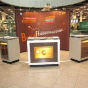 AMERICAN EXPRESS - Flughafen Duesseldorf am Cafe Chalet